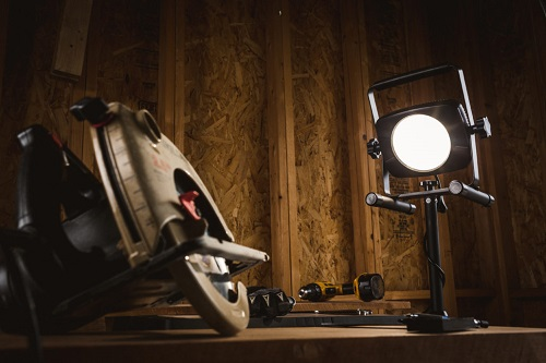 Stonepoint C2-3000TH-QR-U LED Worklight 3000 Lumen with Quick Release Tripod